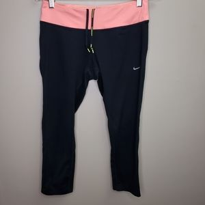Nike Black Cropped Dri-Fit Leggings Sz M